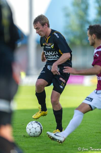 25.6.2012 - (FC Honka-FC Lahti)