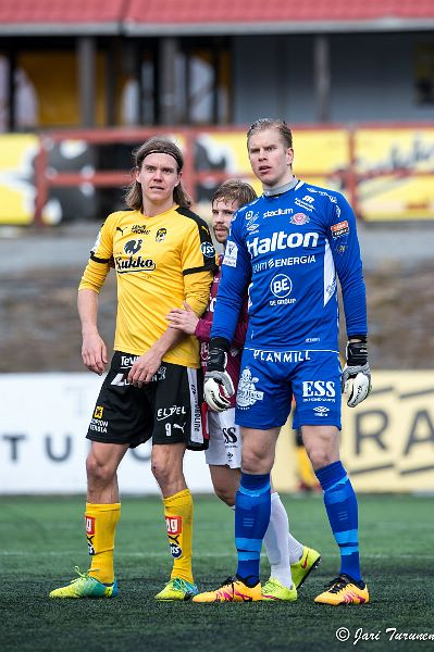 24.4.2016 - (KuPS-FC Lahti)