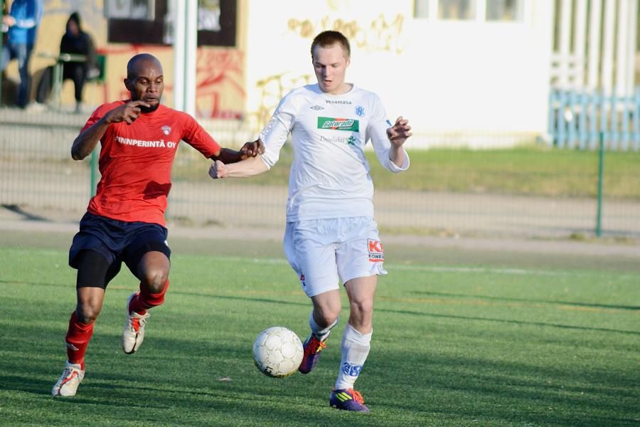29.4.2012 - (FC Kuusysi-Atlantis FC)