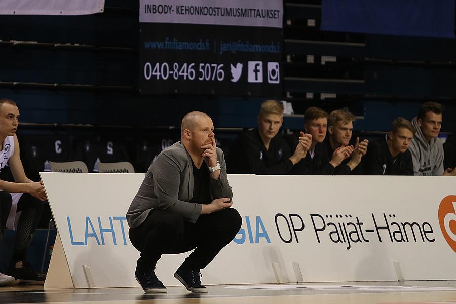 15.4.2019 - (Lahti Basketball-Bisons)