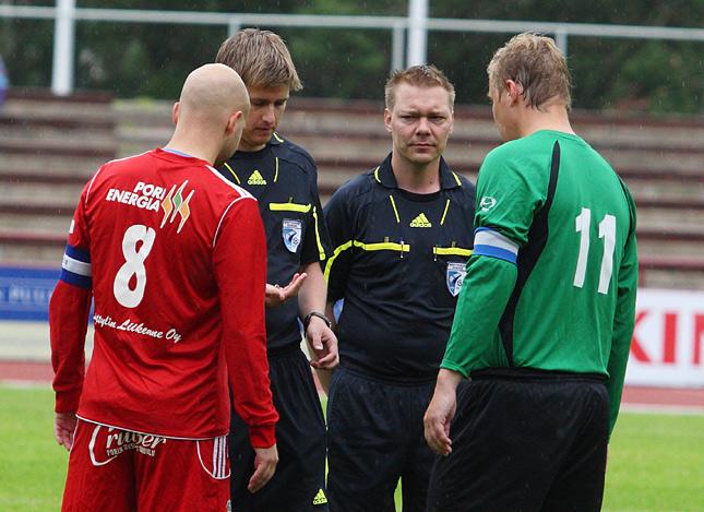 19.6.2011 - (FC Jazz-Tikkurilan Palloseura)