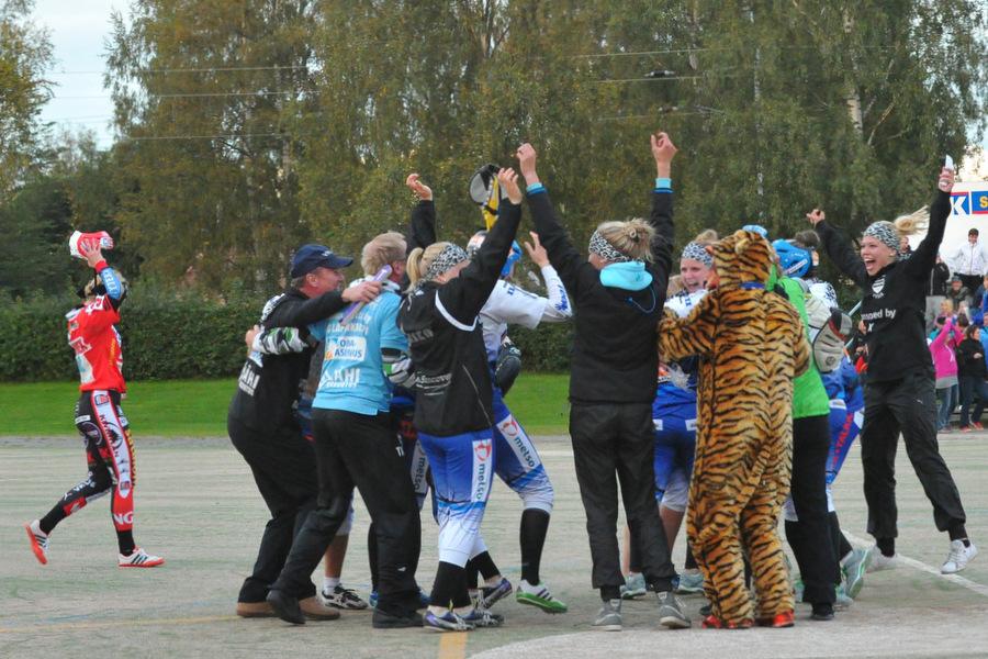 29.8.2012 - (Lapuan Virkiä N-Pesäkarhut N)