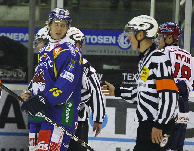 5.10.2010 - (Lukko-HIFK)
