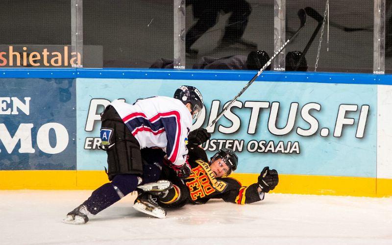 19.11.2014 - (KOOVEE-HC Satakunta)