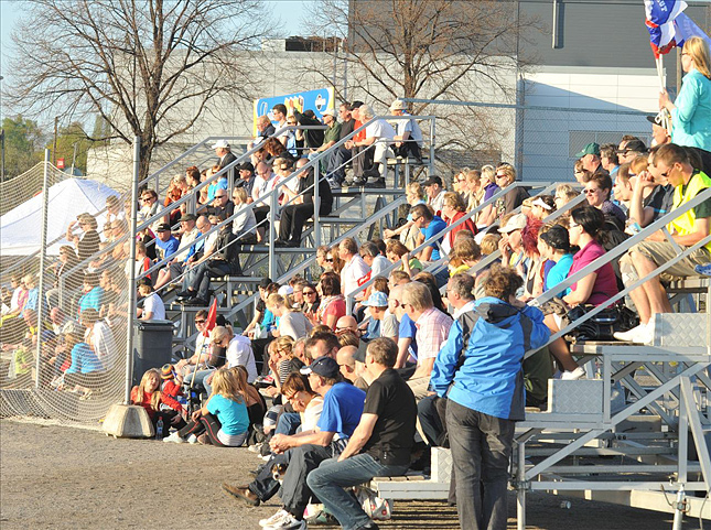10.5.2011 - (Turku-Pesis N-Pesäkarhut N)